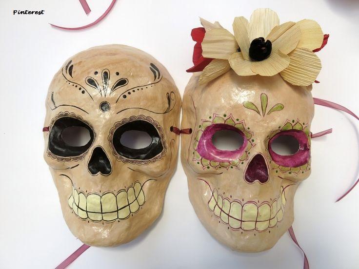 La col en salmuera la máscara para la persona las revocaciones