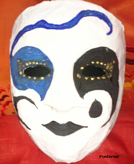 Mscara de carnaval con papel mache Alavesa de Pinturas